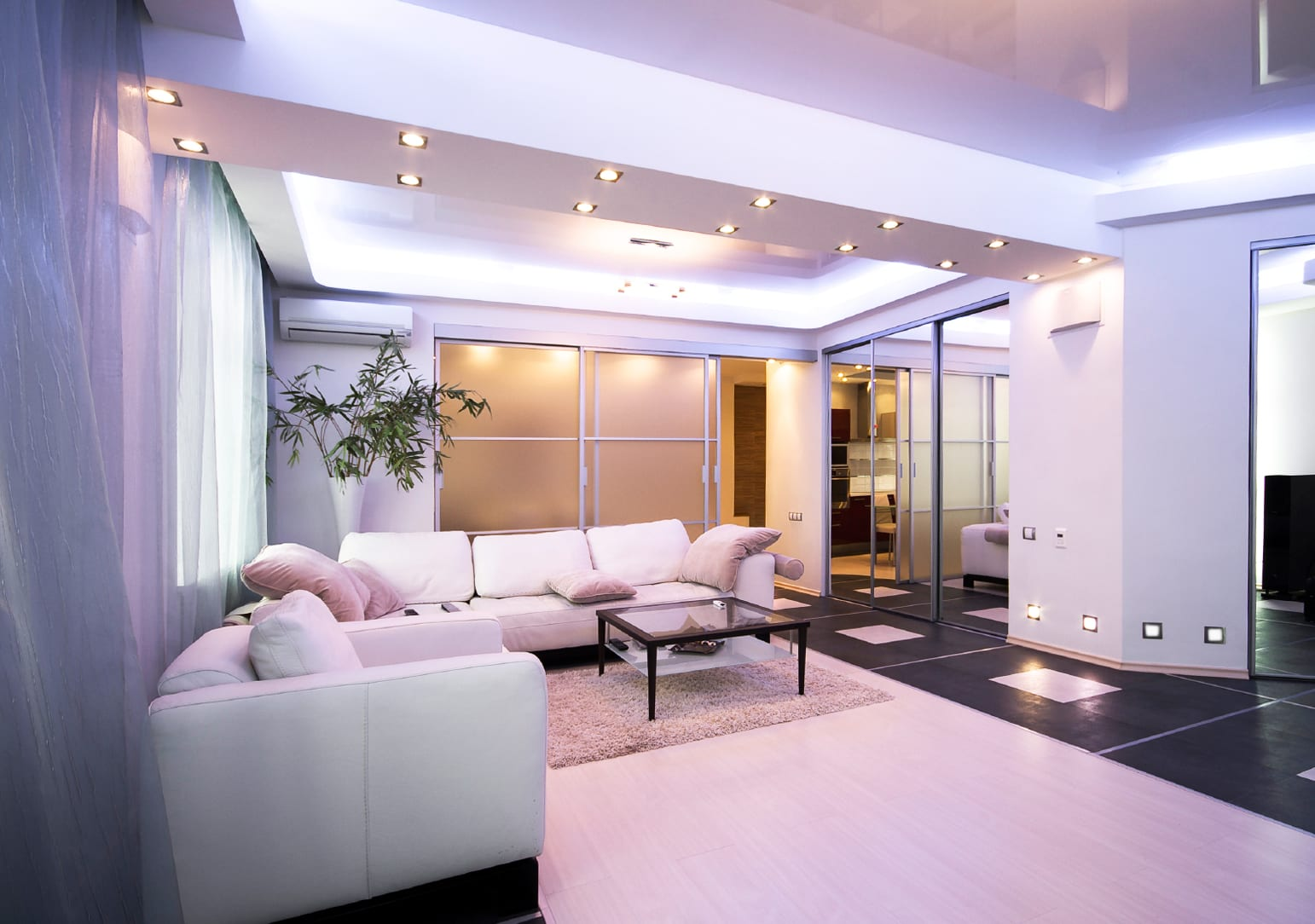 beleuchtungsideen f r wohnzimmer mit deckenleichten und. Black Bedroom Furniture Sets. Home Design Ideas