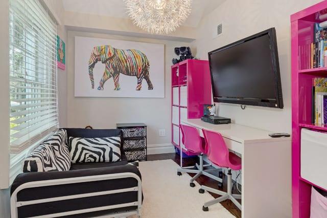 coole zimmer ideen f r jugendliche und jugendzimmer m dchen kreativ einrichten mit zebra muster. Black Bedroom Furniture Sets. Home Design Ideas