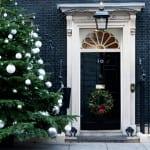 eingangstüren weihnachtlich dekorieren zur weihnachtszeit