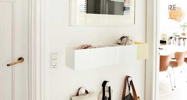 kleiner eingangsbereich gestalten in wei kluge einrichtungsideen f r kleine r ume freshouse. Black Bedroom Furniture Sets. Home Design Ideas