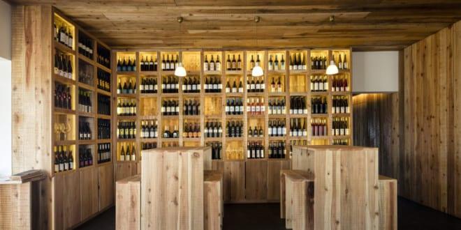 restaurant bar mit modernem Interieur aus Holz - fresHouse