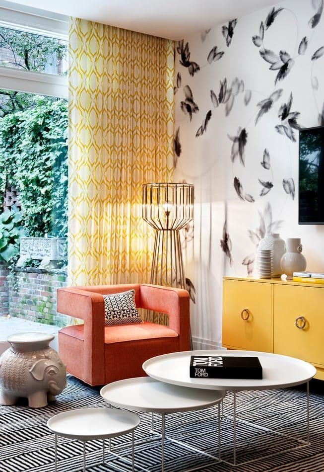 wohnidee und buntes interieur für modernes wohnzimmer design in gelb ...