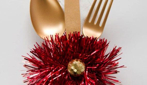 Servietten falten tisch weihnachtlich dekorieren und for Tisch design servietten