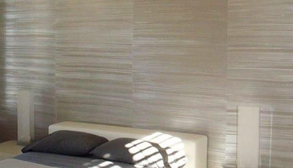 wand-streichen-ideen-schlafzimmer-mit-wandfarbe-grau - fresHouse