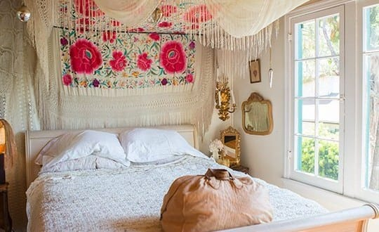 boho stil im schlafzimmer 50 schlafzimmer ideen im bohemian style mit baldachin freshouse. Black Bedroom Furniture Sets. Home Design Ideas