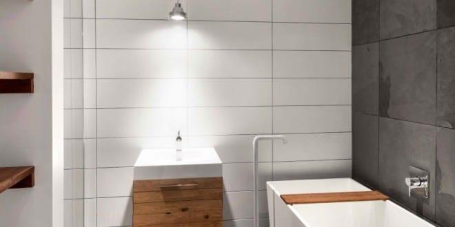 Kleine Und Moderne Badezimmer Mit Designer Badewanne Weiß Und