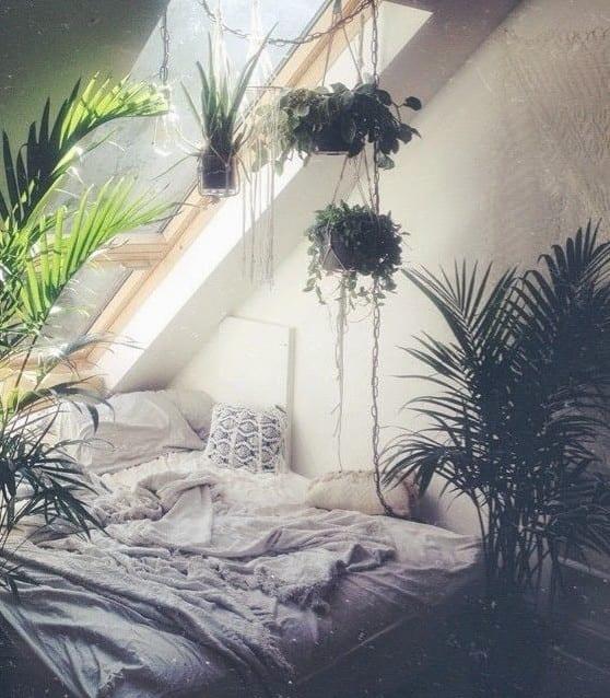 schlafzimmer ideen im boho stil mit vielen pflanzen - fresHouse