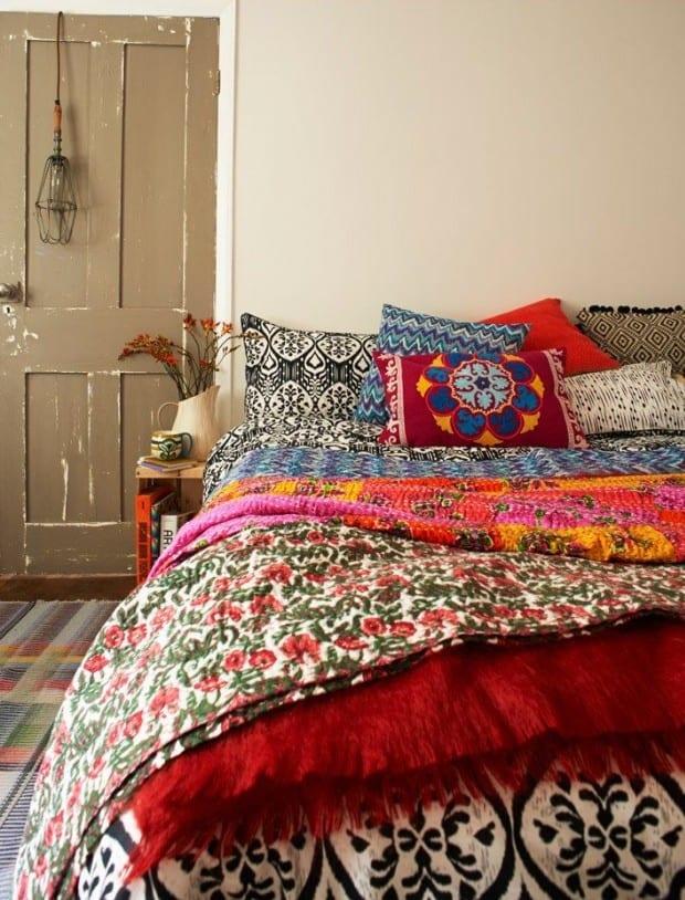 schlafzimmer ideen im boho stil bunte schlafzimmer einrichtung und bunte bettw sche mit. Black Bedroom Furniture Sets. Home Design Ideas