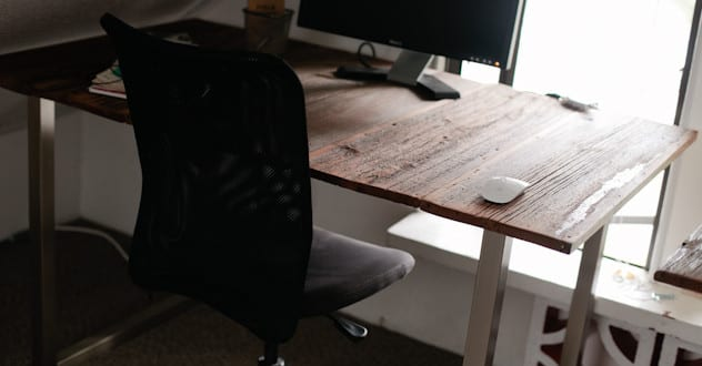 Schreibtisch selber bauen – 3 Ideen mit Anleitung