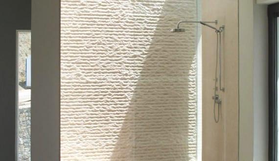 bad modern gestalten mit licht und glas kleines badezimmer inspiration f r dusche mit. Black Bedroom Furniture Sets. Home Design Ideas