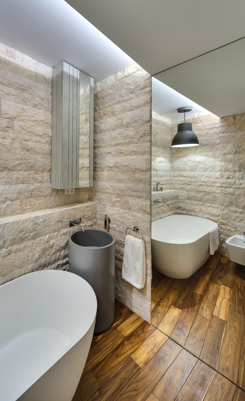 bad modern gestalten mit licht und großen spiegeln_kleines bad ideen ...