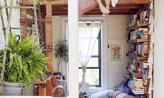 kleine wohnung einrichten mit hochhbett und leiter aus. Black Bedroom Furniture Sets. Home Design Ideas