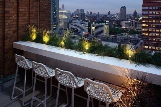 Der Balkon mit Bar Theke- unser kleines Wohnzimmer im Sommer - fresHouse
