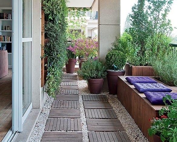 Der balkon richtig bepflanzen gestaltungsideen f r unser kleines wohnzimmer im sommer freshouse - Wohnzimmer gestaltungsideen ...