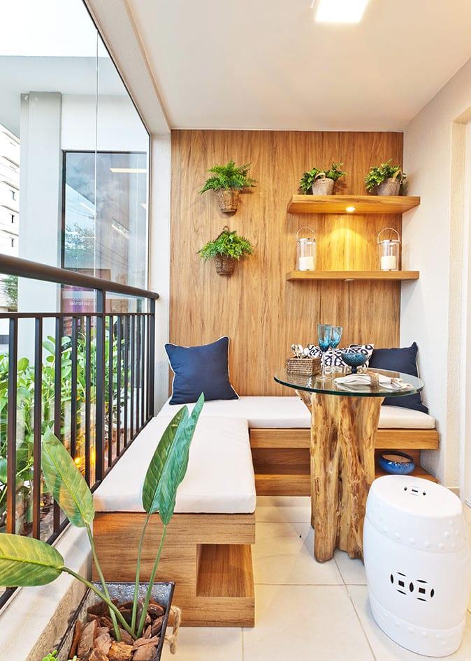 Der Balkon Unser Kleines Wohnzimmer Im Sommer Mit Ecksitzbank Und