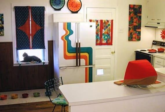 Die-Küche-mit-Retro-Kühlschrank-ausstatten_coole-idee-für-küche-im ...