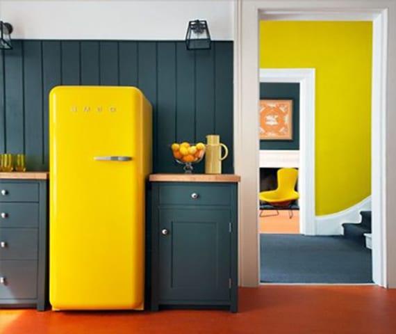 Die-Küche-mit-Retro-Kühlschrank-ausstatten_coole-küchen