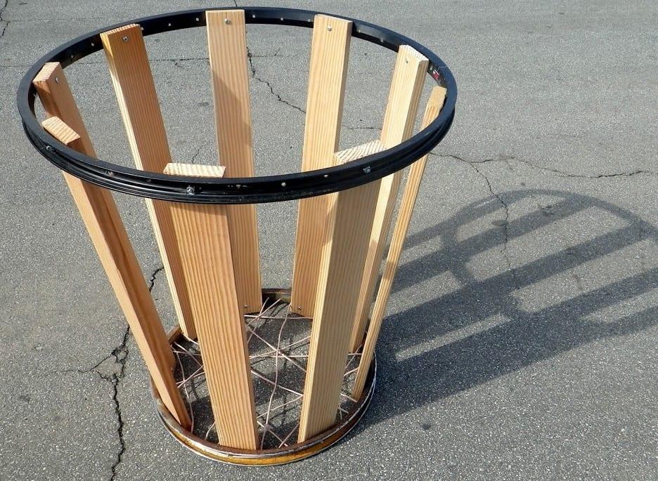 recycling alter fahrradfelgen und ihre verwertung im garten und innenraum m lleimer selber bauen. Black Bedroom Furniture Sets. Home Design Ideas