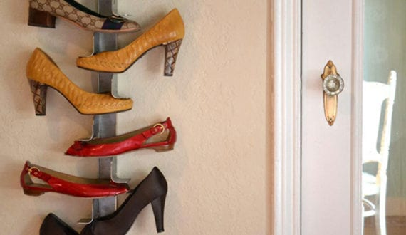 wohnideen f r schuhregal selber bauen aus metallprofil freshouse. Black Bedroom Furniture Sets. Home Design Ideas