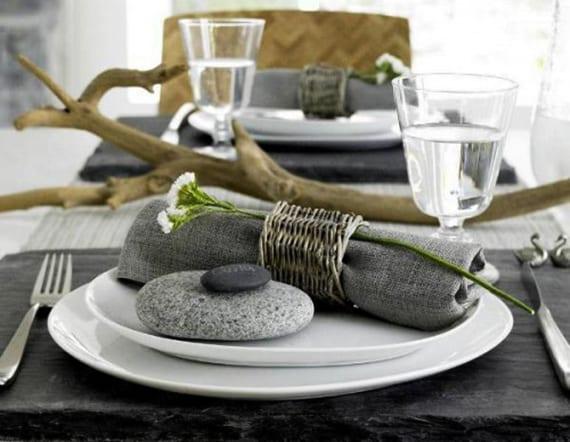 deko ideen mit steinen f r innen und au en moderne tischdeko ideen mit steinen freshouse. Black Bedroom Furniture Sets. Home Design Ideas