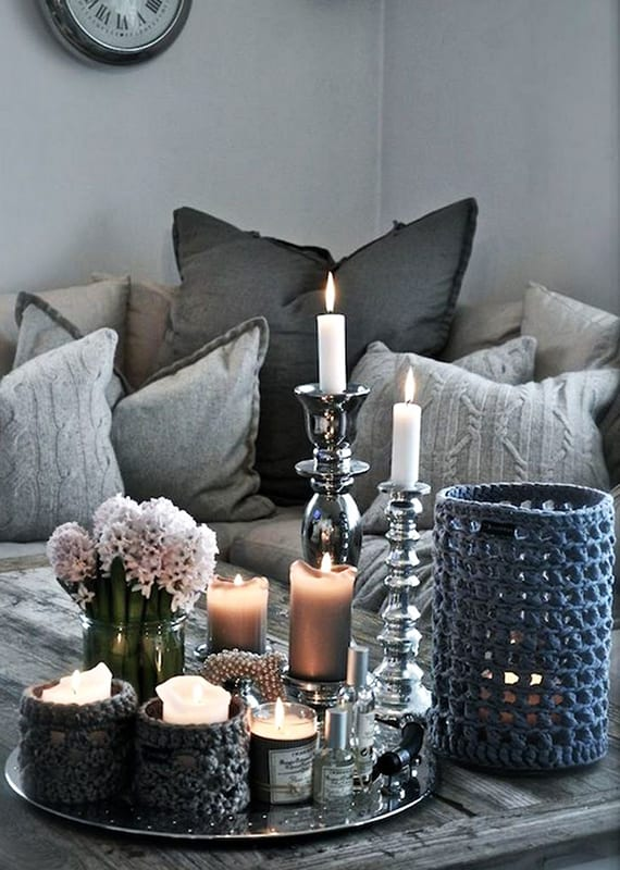kerzen dekoideen fuer mehr romantik in den kalten wintertagen kerzen deko in grau freshouse. Black Bedroom Furniture Sets. Home Design Ideas