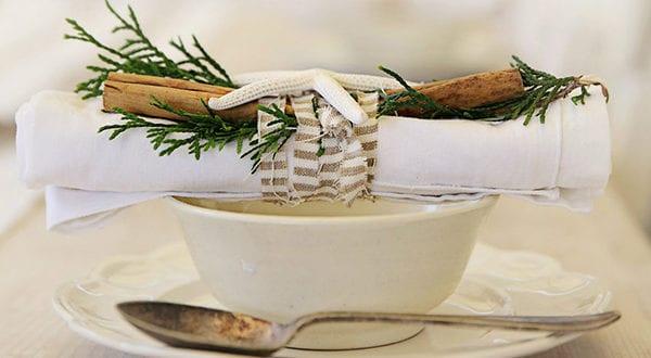 Servietten falten zu Weihnachten – 40 schnelle und stilvolle Faltideen