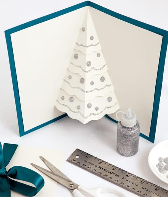 tannenbaum falten und kreative weihnachtskarten basteln. Black Bedroom Furniture Sets. Home Design Ideas
