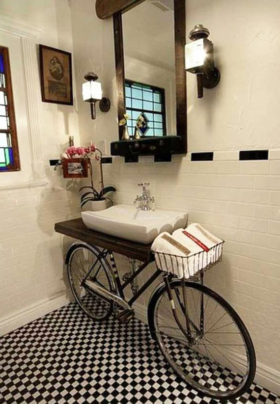 bad-in-ordnung-halten-und-kreativ-einrichten-mit-diy-fahrrad ...