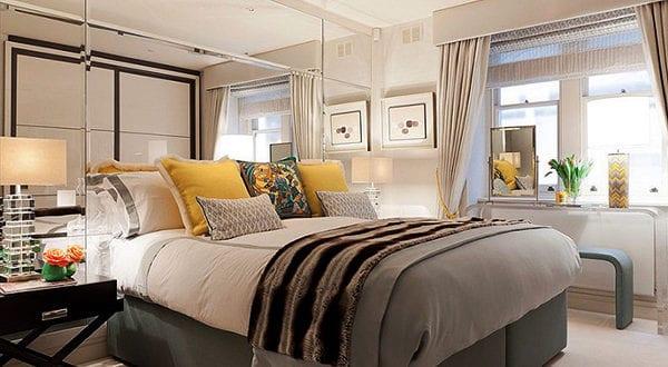 Schlafzimmer gestalten mit Spiegel-Bett-Kopfteil
