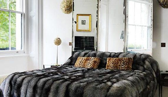 Wand Mit Spiegel Gestalten schlafzimmer gestalten mit spiegel bett kopfteil diy kopfbrett aus
