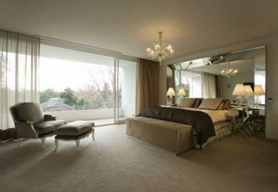Schlafzimmer-gestalten-mit-Spiegel-Bett-Kopfteil_stilvolle ...