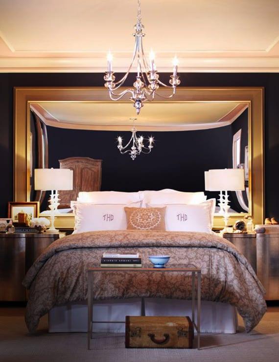 luxuriöse-Schlafzimmer-gestalten-mit-Spiegel-Bett-Kopfteil - fresHouse