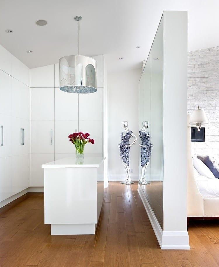 Wohnideen Schlafzimmer Den Platz Hinterm Bett Verwerten Mit - Schlafzimmer mit begehbarem kleiderschrank