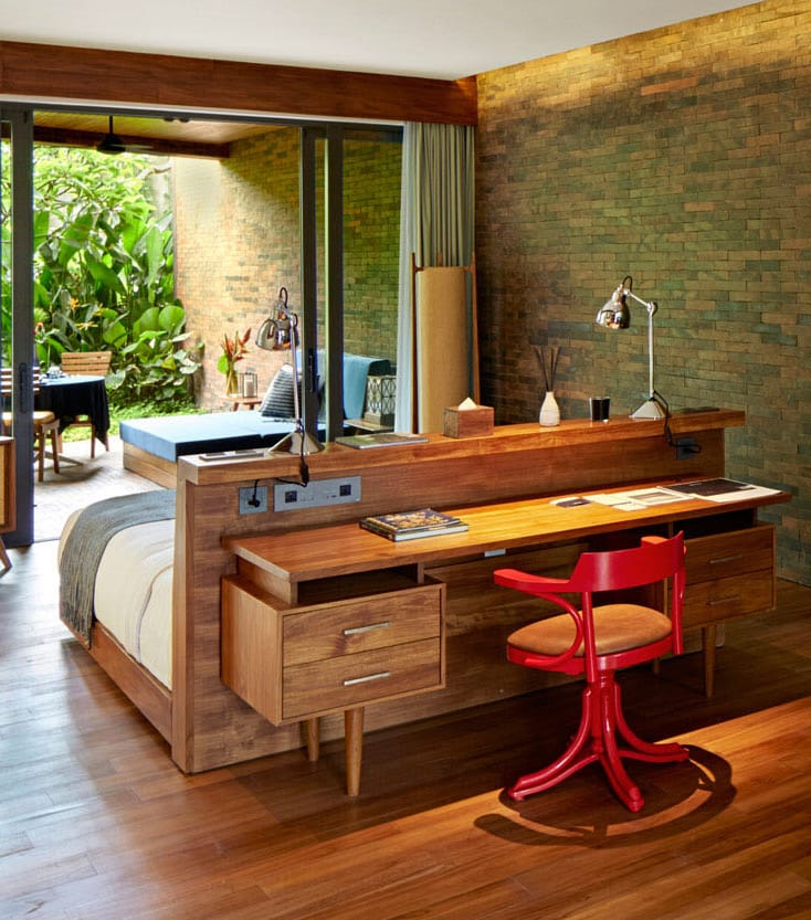 wohnideen schlafzimmer mit schreibtisch hinterm bett. Black Bedroom Furniture Sets. Home Design Ideas