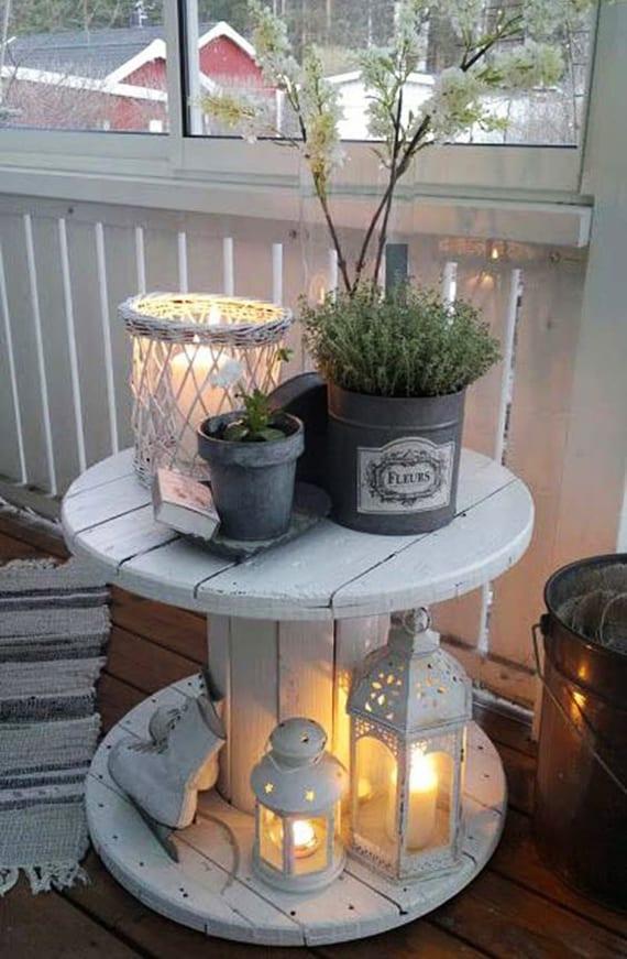 der kleine balkon  weiss coole balkondeko mit diy