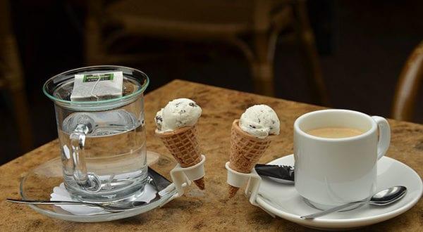 Der Genuss an perfektem Kaffee aus Kaffeekapseln und leckerer Eiscreme