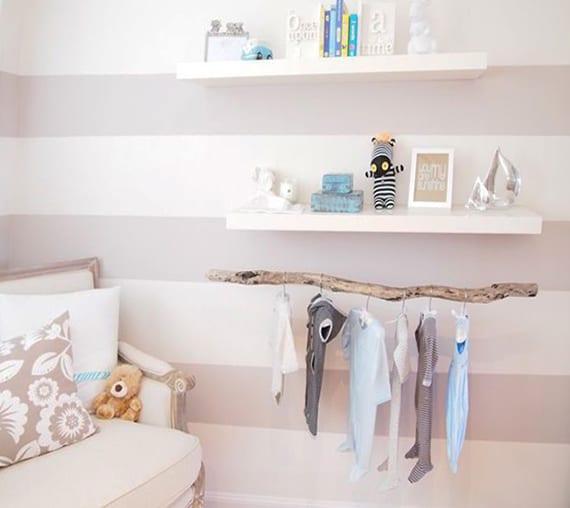 ein reizendes kinder und babyzimmer gestalten mit zweigen diy kleiderstange freshouse. Black Bedroom Furniture Sets. Home Design Ideas