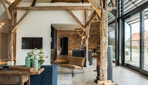 Alte Schiebetür luxus einfamilienhaus mit offenem woh essbereich moderner küche