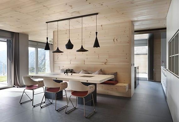 modernes-holz-interieur-design-für-offene-küche-mit-essbereich-im ...