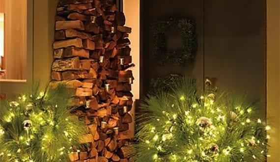 Weihnachtsdeko Hauseingang attraktive und moderne weihnachtsdeko hauseingang mit kaminholz und