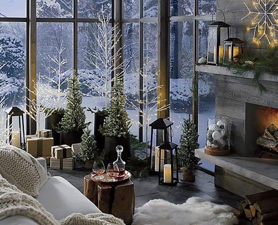 attraktive weihnachtsdeko ideen f r fr hliche weihnachtsstimmung im wohnzimmer mit kamin. Black Bedroom Furniture Sets. Home Design Ideas
