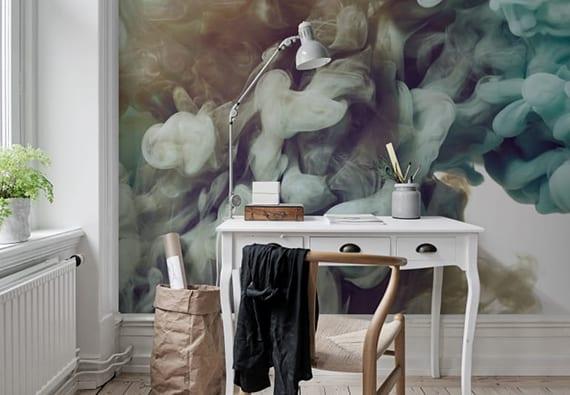 kreative idee für moderne raumgestaltung und interessante wandgestaltung vom arbeitsplatz mit klassischem bürotisch weiß, holzstuhl und fototapete rauch