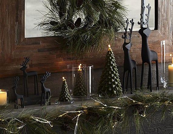 Tannenbaum Mit Kerzen.Rustikale Weihnachtsdeko Idee Mit Schwarzen Hischfiguren Und