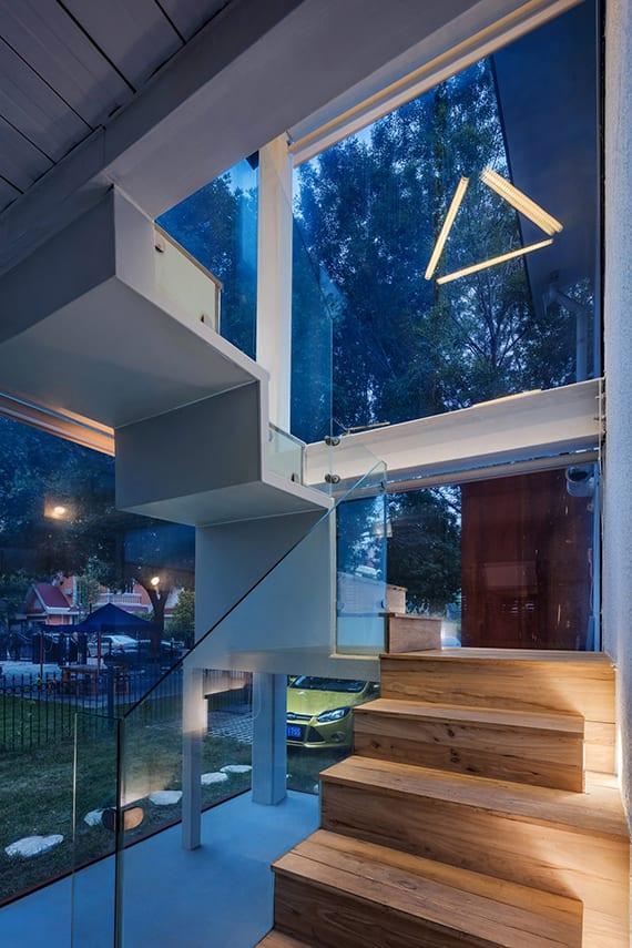 altes-haus-renovieren-und-kreativ-umbauen-mit-glastreppenhaus ...