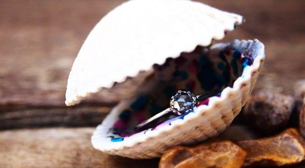Originelle Ring Box Ideen für den passenden Antragsring zur Verlobung