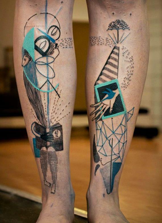 originelle mensch und delfin tätowierungsidee mit abstrakten geometrieformen in schwarz und blau