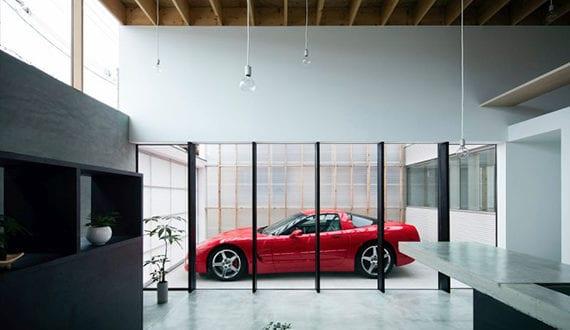 Awesome Modernes Eingeschossiges Haus Mit Verglaster Garage Für Sportwagen
