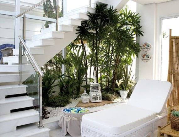 attraktive raumdeko mit mini indoor garten unter innentreppe
