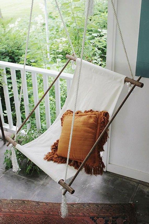 coole bastelidee für diy hängestuhl aus holzstäben, seil und textil