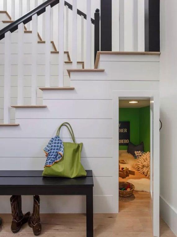 coole ideen für gestaltung vom kleinen kinderspielraum unter treppe